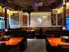 南明区兰花广场3栋173平日式烤肉店生意低价转让